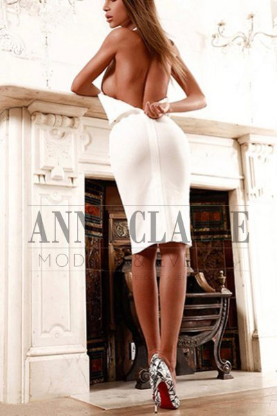 Luxury Istanbul escorts lady Sasha, elite model companion