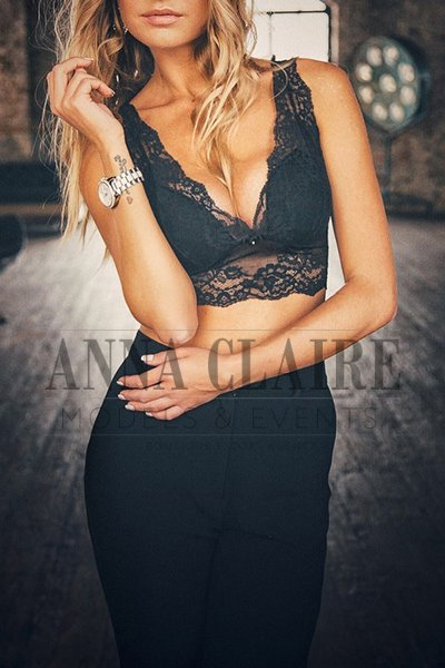 VIP female companion in London