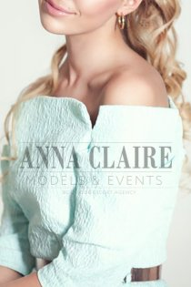 Vienna elite escort Anastasia, high-class blonde GFE model companion
