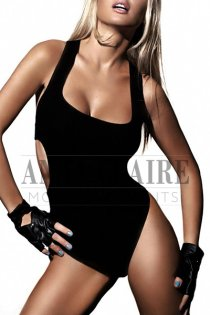 Saint Tropez VIP escorts model Bella, high-end social and dinner date companion in Cote d'Azur